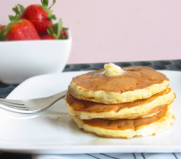 ... Archive » Cottage Cheese– Blech, Cottage Cheese Pancakes– Mmm